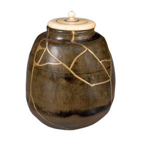 Cracked pot 3